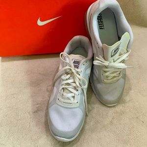 Nike Air Max Sequent Running Shoes Grey 8.5